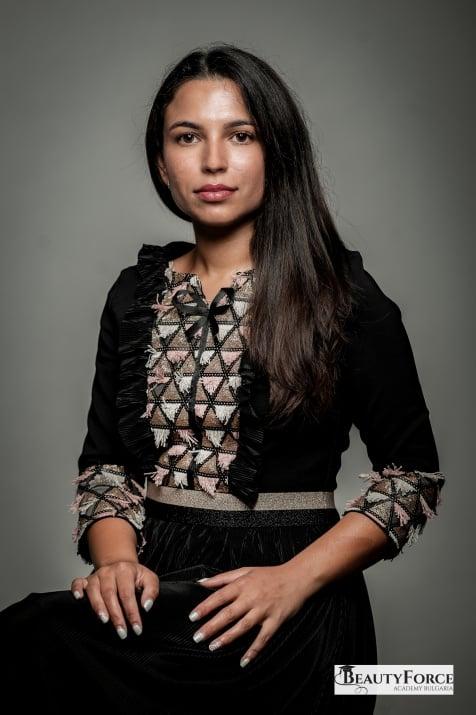 Анелия Славчева - преподавател по практика козметика в BeautyForce Academy Bulgaria
