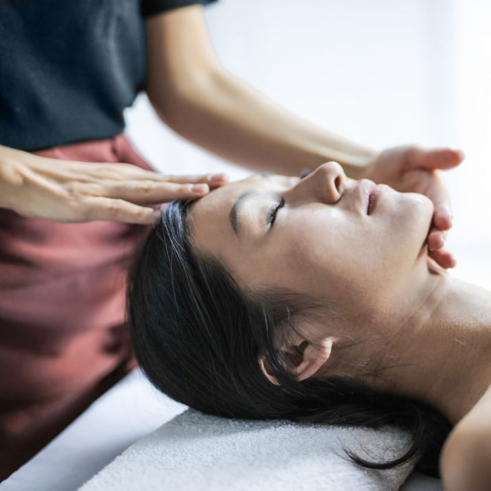"""Модулно обучение - масаж """"GOYUKI"""" + """"Миофасциален масаж"""" по метода на Дмитрий Кравченко за козметици"""